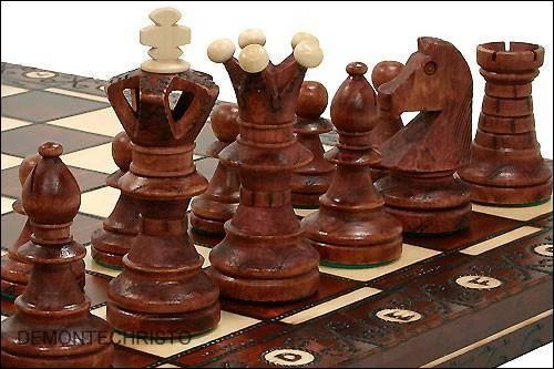 sehr edles schachspiel schach aus holz handarbeit ebay. Black Bedroom Furniture Sets. Home Design Ideas